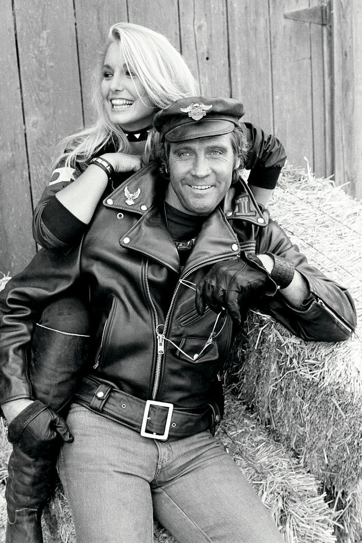 Lee Majors and Heather Thomas. Actor Lee Majors and co-star Heather Thomas of The Fall Guy during rehearsal at the Paramount Studios Ranch in Malibu in 1981.