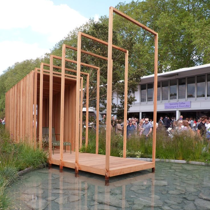 RHS Chelsea Flower Show 2016 London Cloudy Bay Garden Designed by Sam Ovens Built by The Outdoor Room Sponsored by Cloudy Bay
