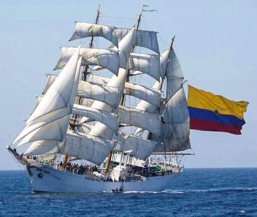 Buque Escuela Gloria de la Armada de Colombia.