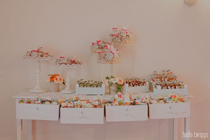 Party details - wedding favors  Photo by Claudia Casal * Hello Twiggs