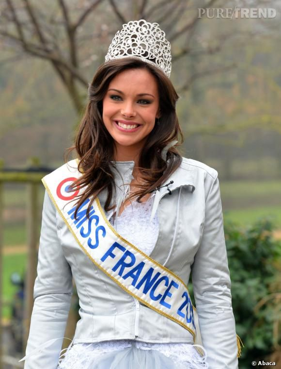 Marine Lorphelin Miss France 2013 et sa couronne Julien d'Orcel.