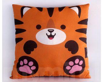 Animal en peluche oreiller tigre Animal de la Jungle par mymimi