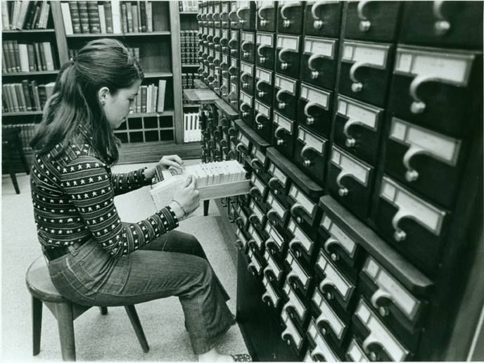 """Old Pics Archive on Twitter: """"Student using the card catalog, 1971 https://t.co/N07MeNDv3z"""""""
