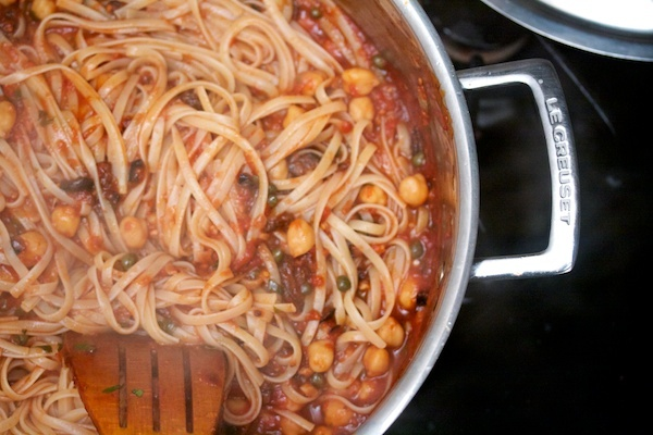 Linguine Puttanesca with Chickpeas | Favorite Recipes | Pinterest