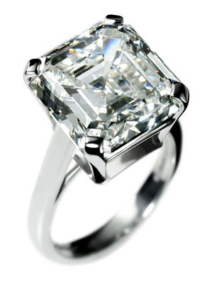 This 10.19-carat Asscher engagement ring from De Beers.. I'll take a smaller version of this!
