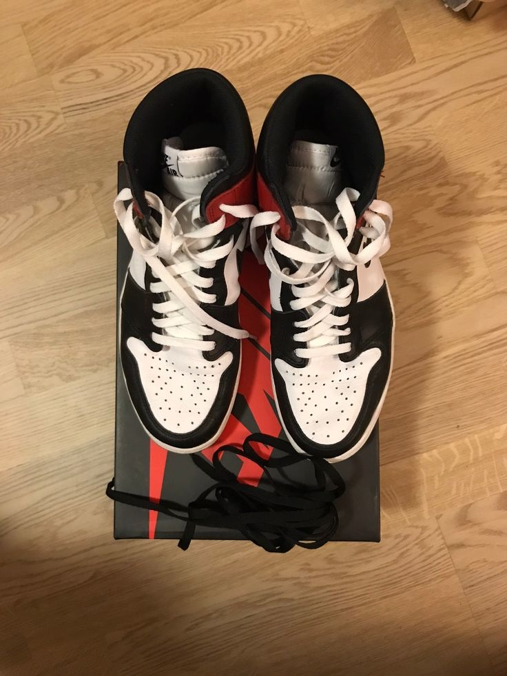LC on Jordan 1 Black Toes