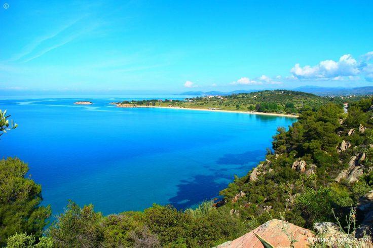 Agios Ioannis, beach with fine sand and clean shallow water near Nikiti, Sithonia