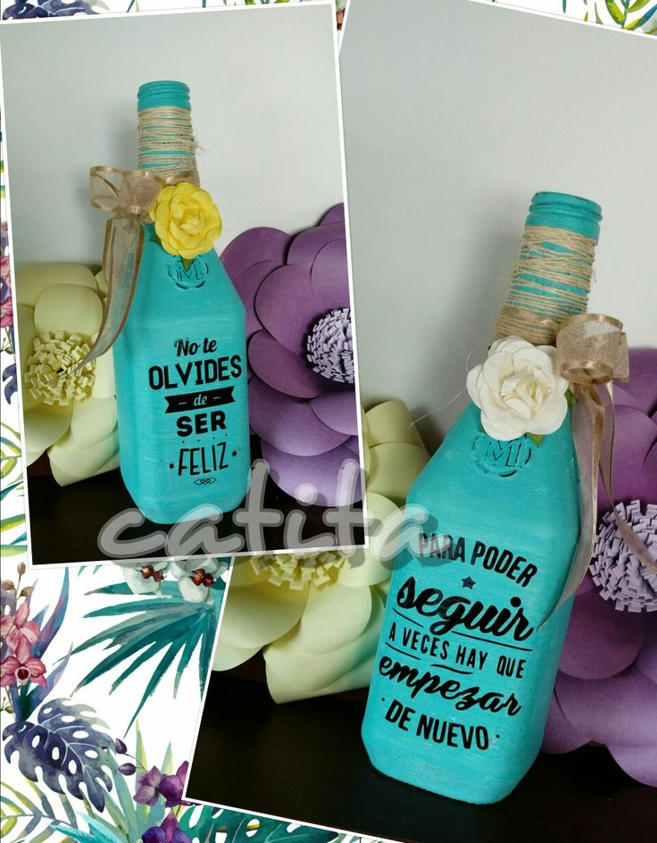 Botella decorada con frases motivadoras.