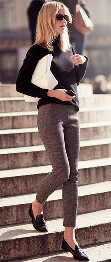 Good way of wearing those shoes and that style. Perfect for work.