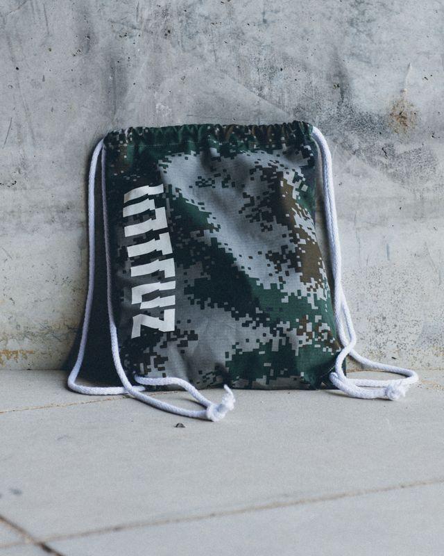 Intruz Clothing - pixel bag
