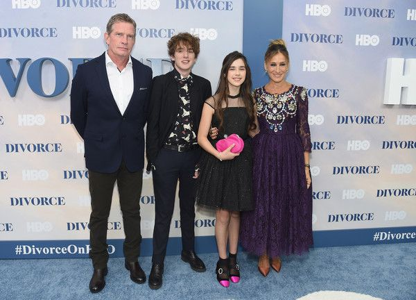 "Sarah Jessica Parker Photos Photos - (L-R) Thomas Haden Church, Charlie Kilgore, Sterling Jerins, and Sarah Jessica Parker attend the ""Divorce"" New York Premiere at SVA Theater on October 4, 2016 in New York City. - ""Divorce"" New York Premiere"