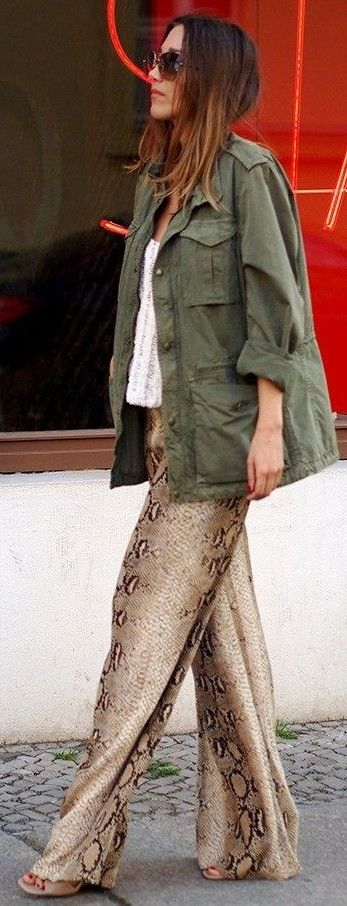 #spring #summer #street #style #outfitideas | Utility Jacket + Snake Print Pants | Hello Shopping