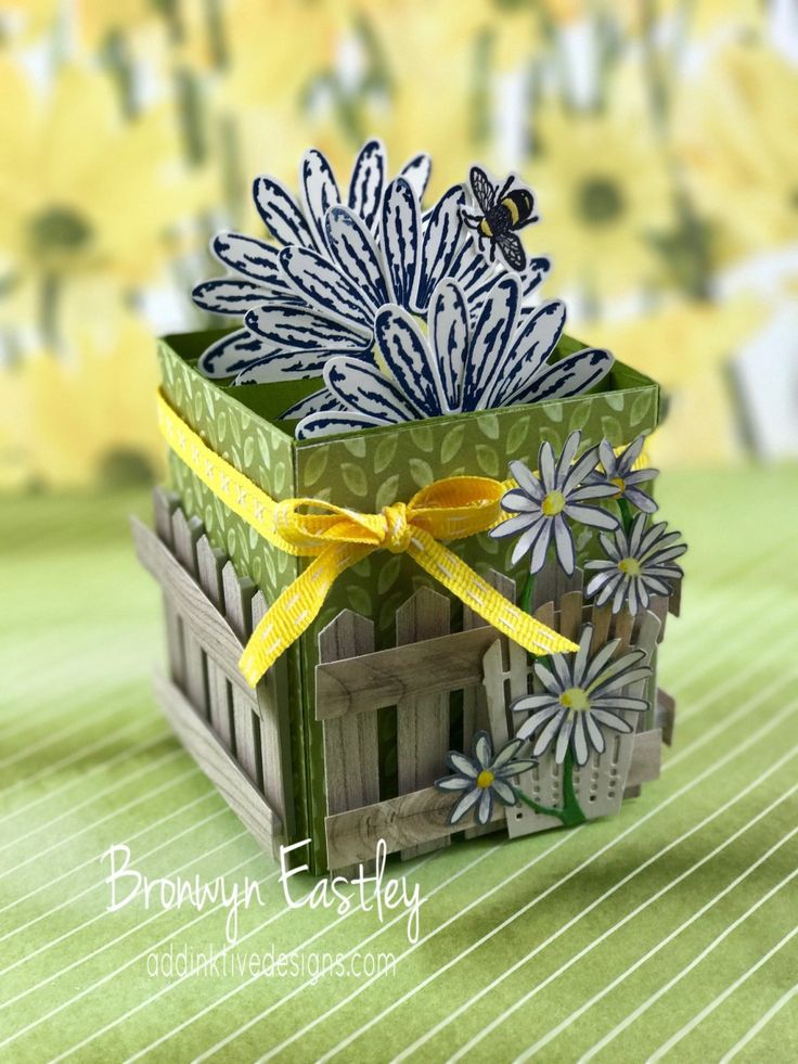 Daisy Delight, Card in a Box, Bronwyn Eastley, Independent Stampin' Up! Demonstrator, Australia, #addinktivedesigns