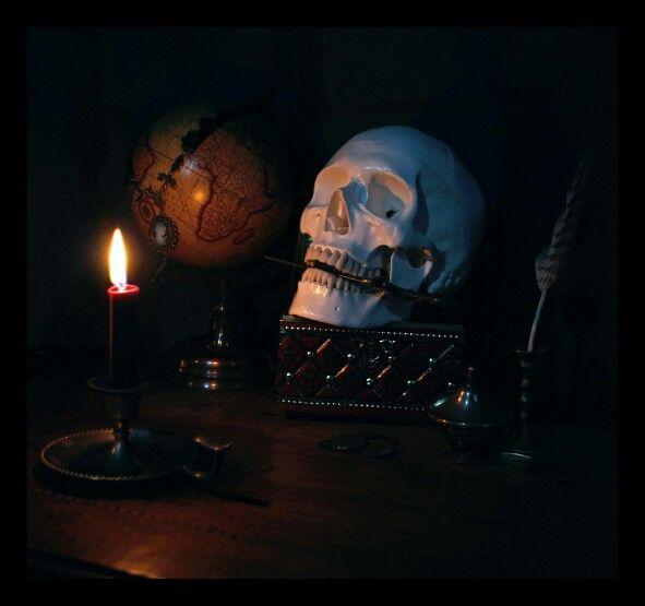 Skull candle gothic dark