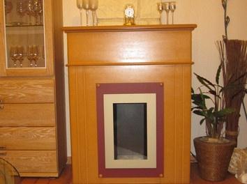 This bio-ethanol #fireplace brightens up your  #livingroom. /// Selbstgemachter Bio Ethanol Karmin.