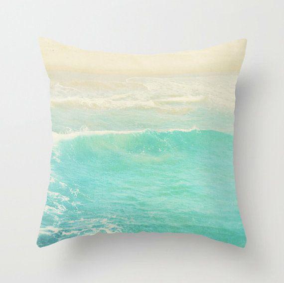 Beach cottage décoration, coussins/couverture, vague océan bleu menthe poivrée, photographie plage surfeur nautique décoration moderne literie 20 x 20