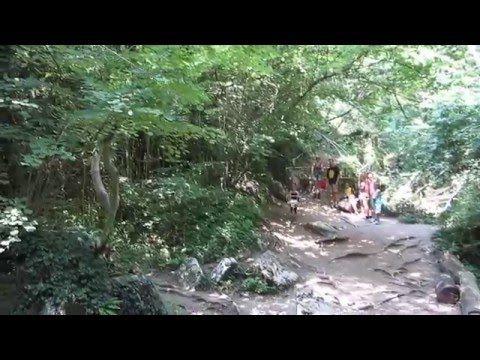 Gardameer met kind - Parco delle cascate di Molina - Gardameer