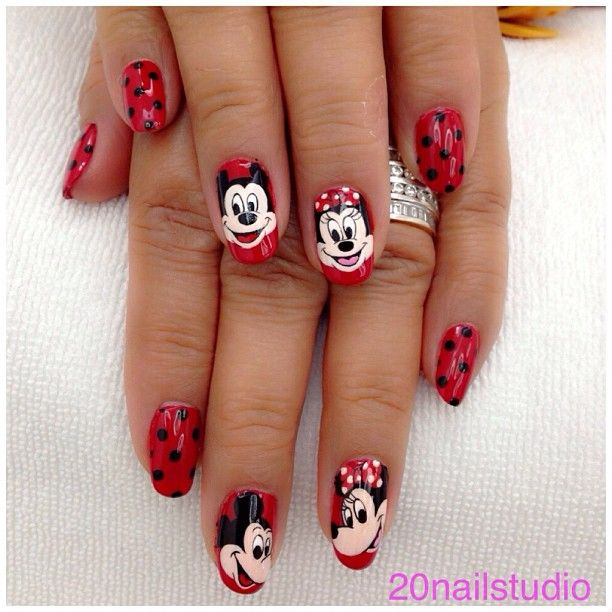 Mickey Mouse Nails: 99 Best Minnie Mouse Nails Images On Pinterest