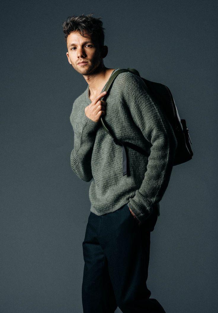 TY-LR Fall 2016 sweater worn by Talun Zeitoun