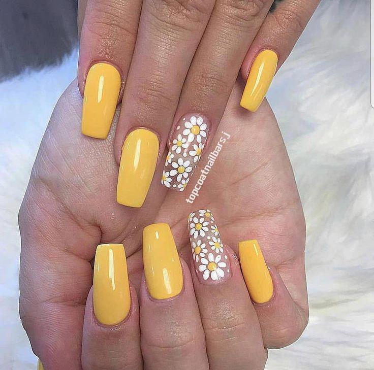 Nails #yellownails