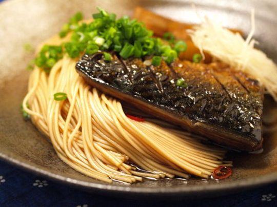 滋賀県の郷土料理「焼き鯖そうめん」レシピ紹介!|ふるさとれしぴ