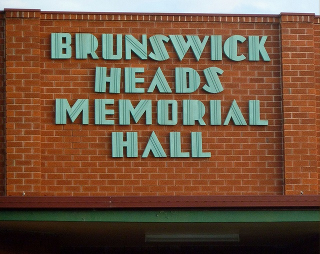 Art Deco lettering - facade of Brunswick Heads Memorial Hall, Brunswick Heads NSW