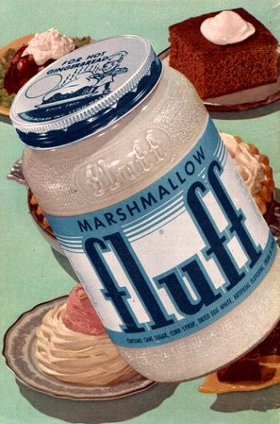 I absolutely adore Marshmallow fluff - especially on graham crackers. #food #1950s #ad