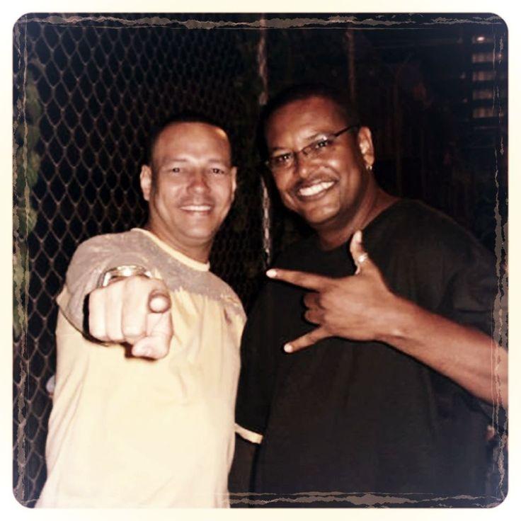 Directamente desde el baúl del recuerdo un Throwback con mi hermano colega DJ pana de rumbas compañero de tarimas etc. etc. etc. @dicksonruizp Nathan DJ gran amigo y excelente profesional un gran abrazo hermano y que sigan los éxitos. #TBT #Throwbackthursay #TECH #TECHHOUSE #NUDISCO #DEEPHOUSE @mimusicave @todomusicave #INSTAPIC #instacool #love #instalove http://ift.tt/2ujzRAI