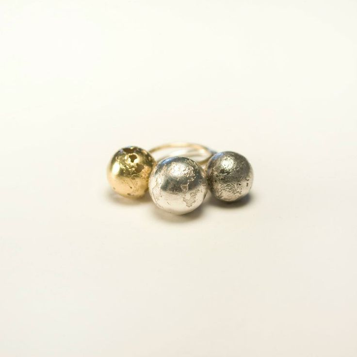 Lia Gonçalves | Joalharia de Autor _ ring_ corpos celestes collection _ silver