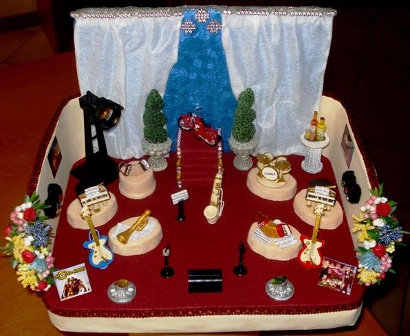 Oltre 1000 immagini su roomboxes su pinterest cantuccio miniature dollhouse e case delle bambole - Bagno in miniatura ...