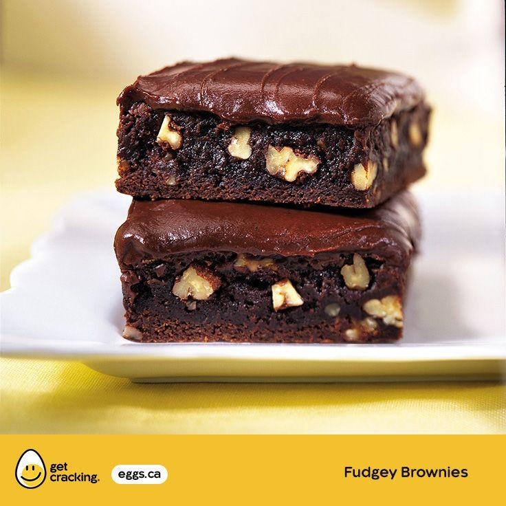 Fudgey Brownies | Eggs.ca | #GetCracking #Eggs #Picnic