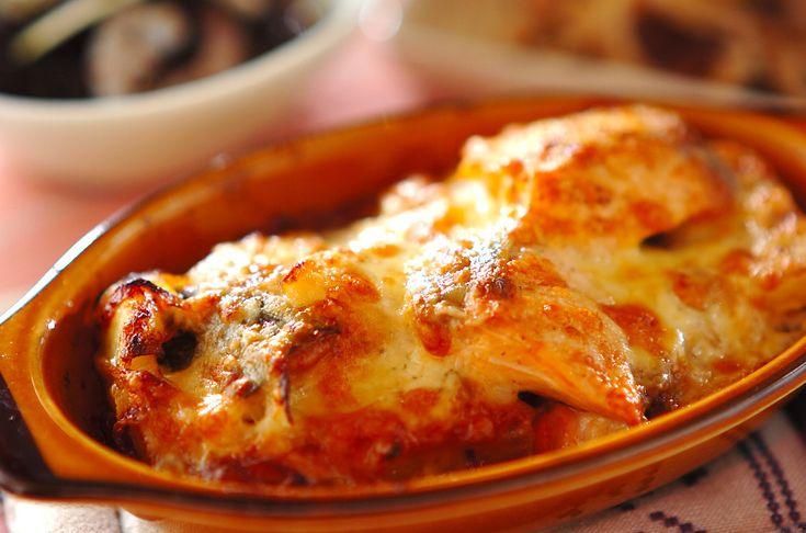 鮭とジャガイモのマヨグラタンのレシピ・作り方 - 簡単プロの料理レシピ   E・レシピ