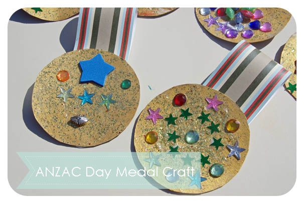 ANZAC Day Medal Craft from Triple T Mum.