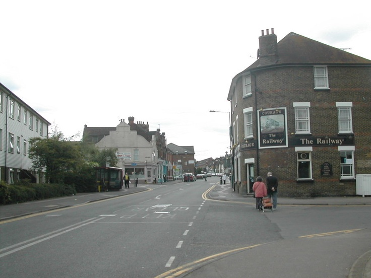 Station Road Rainham from the station