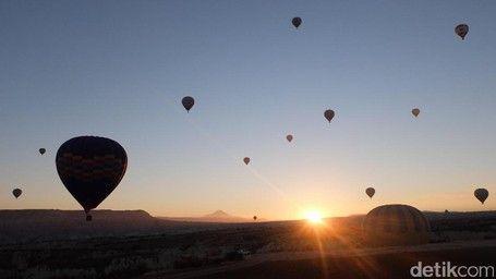 Terpesona Sunrise Di Balik Pegunungan Dan Balon Udara Cappadocia, Turki - http://darwinchai.com/traveling/terpesona-sunrise-di-balik-pegunungan-dan-balon-udara-cappadocia-turki/