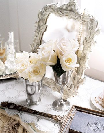 silverMirrors, Bud Vases, White Rose, Dresses Tables, Living Room Design, Shabby Chic, Vintage Silver, Modern Home, Design Home