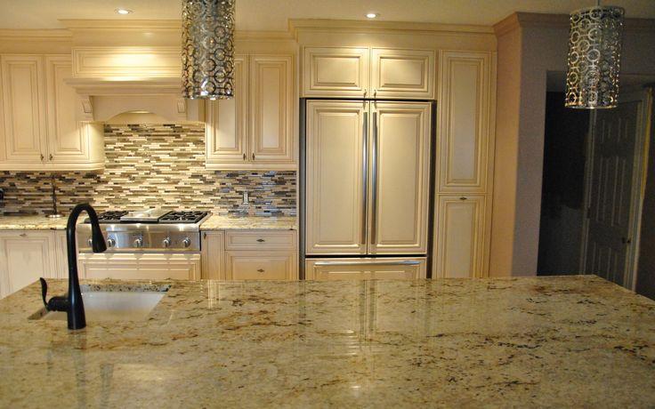 granite or quartz counter tops with back splash | ... Granite Countertops Cost' Granite Countertops Installation' Quartz