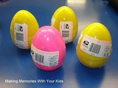 Who knew?  You can mail Easter eggs!: Mail Easter, Plastic Eggs, Cute Ideas, Easter Fun, Fun Ideas, Easter Eggs, Snails Mail, Plastic Easter, Easter Ideas