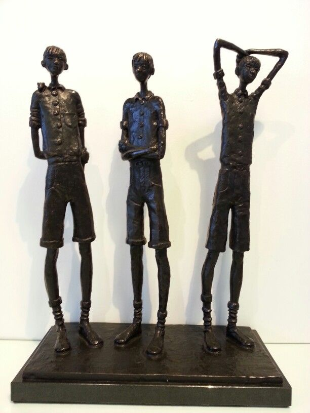 Another beautiful work in bronze by the exceptional Grace da Costa / please contact us for more information 011 465 7695