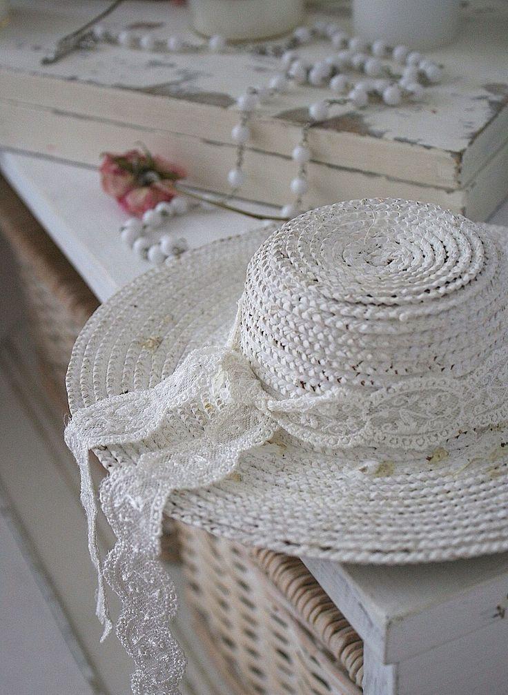 specchio a balcone shabby : 1000 idee su Shabby Chic Bianco su Pinterest Shabby chic, Specchio ...