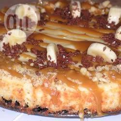 Bananen cheesecake met karamelsaus