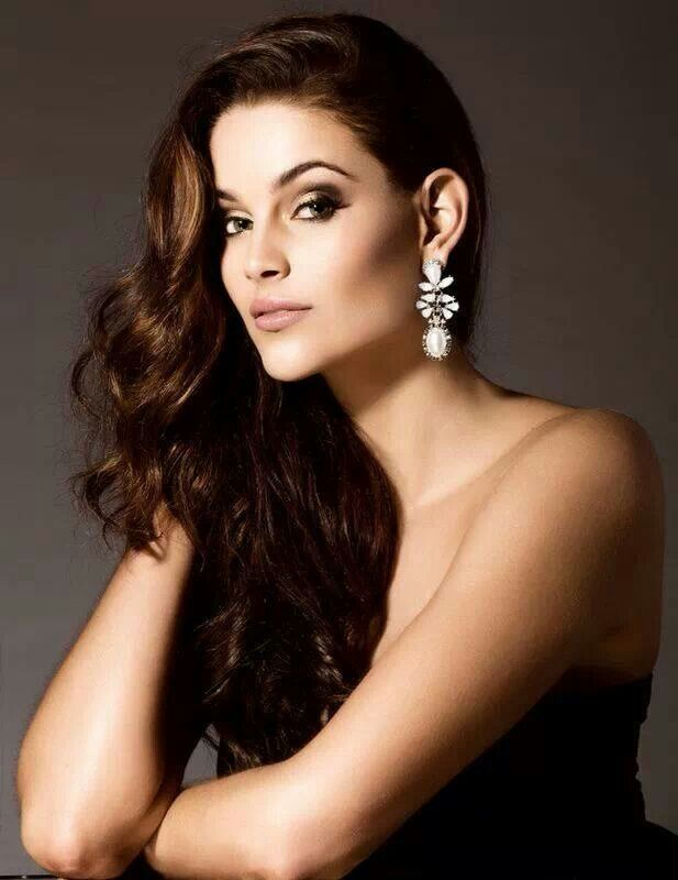 Miss South Africa 2014 Rolene Strauss
