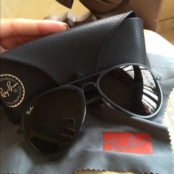 Sunglasses Ray ban matte black New Ray-Ban aviators. Black (matte) rims. Only worn twice. No signs of wear. Decent (medium) size. Not to big not too small. Perfect for all seasons. Since porche design have become a new thing but are a little to pricey thi