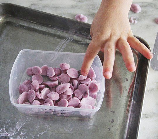 Easy Kid's Party Treat: Frozen Yogurt Dots