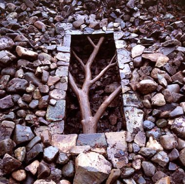 goldsworthy and koons sculpture and senses essay Andy goldsworthy andy goldsworthy creates ephemeral artworks that challenge many assumptions on art goldsworthy works directly with nature in which he.