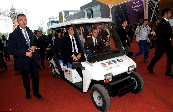 Il presidente del Consiglio Matteo Renzi a bordo di un nostro veicolo elettrico a Expo 2015