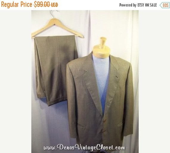 50% OFF New Years Sale Canali Suit Two Button Wool Italian Made Men's Suit SZ 44
