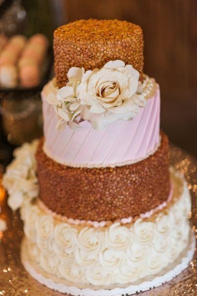 Best Ivory Round Wedding Cakes Ideas On Pinterest Blue Round