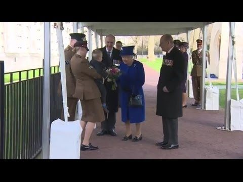 Cute toddler throws tantrum when he meets the Queen