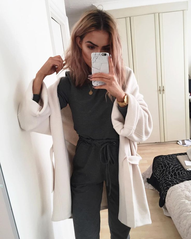 "Alicia Roddy på Instagram: ""Cosiest jumpsuit of my life, think I might start putting product codes in my captions so things are easier for you to find? Product code: 833016"""